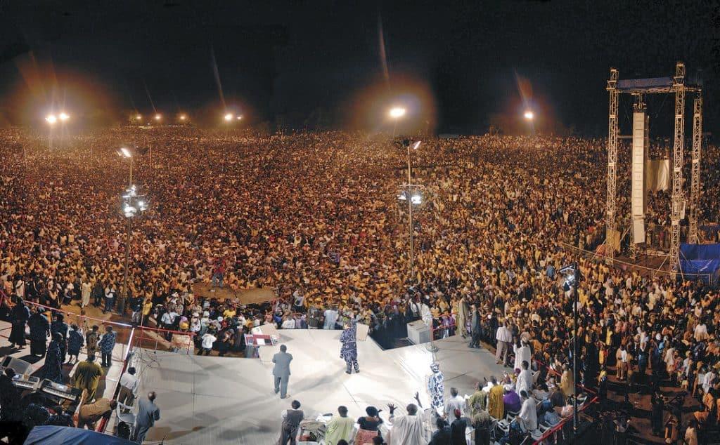 CfaN mass crowd